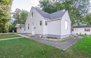 Single Family for sale in 411 Hull Street, McLeansboro, IL, 62859