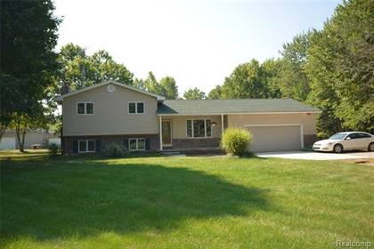 Residential for sale in 11377 LAHRING Road, Byron, MI, 48418