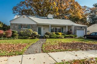 Residential Property for sale in 11 Windham Road, Rockville Centre, NY, 11570
