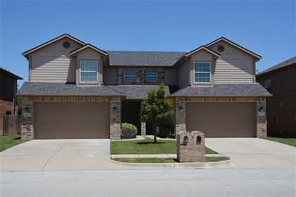 Multifamily for sale in 176 Castleridge Drive, Little Elm, TX, 75068
