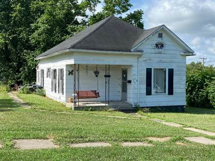 Residential Property for sale in 105 Drake St., Bevier, MO, 63532