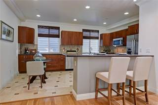 Townhouse for sale in 2470 S Centinela Avenue 2, Los Angeles, CA, 90064