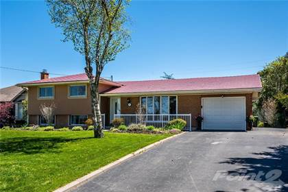 Residential Property for sale in 39 GLOVER Road, Hamilton, Ontario, L8W 3S8