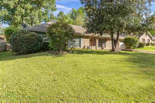 Single Family for sale in 1210 CLIFFDALE DR, Clinton, MS, 39056