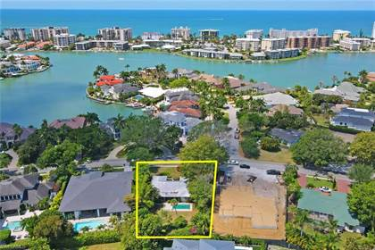 Residential Property for sale in 3190 Crayton RD, Naples, FL, 34103