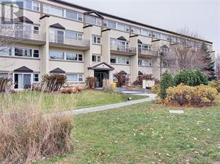 Residential Property for sale in 12 CORKSTOWN ROAD UNIT#102, Ottawa, Ontario, K2H5B3