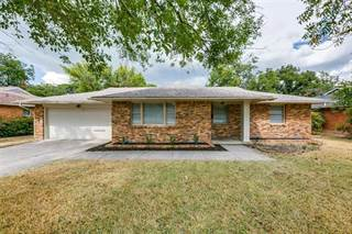 Single Family for sale in 2639 Woodmere Drive, Dallas, TX, 75233