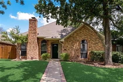 Residential for sale in 1503 Boardwalk Street, Arlington, TX, 76011