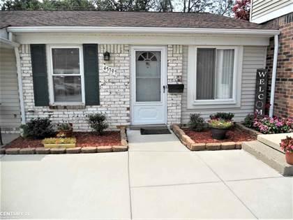 Residential Property for sale in 45797 KENSINGTON, Utica, MI, 48317
