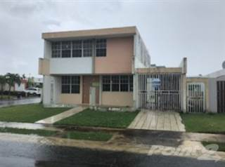 Residential Property for sale in Urb. Valparaiso  Dos Rios, Valparaiso, IN, 46383