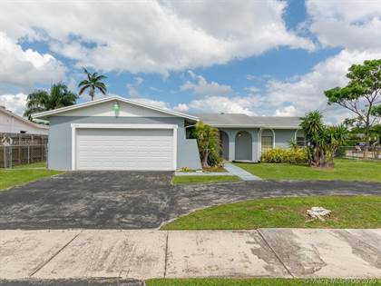 Residential for sale in 7214 SW 134th Ct, Miami, FL, 33183