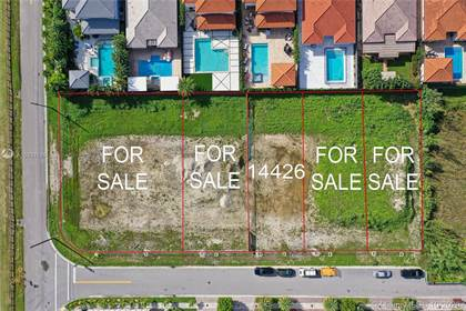 Residential Property for sale in 14426 SW 16th St, Miami, FL, 33185