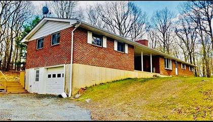 Residential Property for sale in 110 Laurel Dr, Milford, PA, 18337