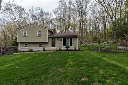 Residential for sale in 14 Ledgemont Terrace, Greater Chepachet, RI, 02857