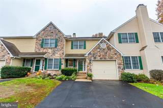 Townhouse for sale in 104 INIS WAY, Malvern, PA, 19355
