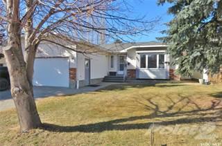 Residential Property for sale in 407 Bronson CRESCENT, Saskatoon, Saskatchewan, S7J 5E2
