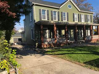 Townhouse for rent in 5297 Arthur Kill Rd, Staten Island, NY, 10307