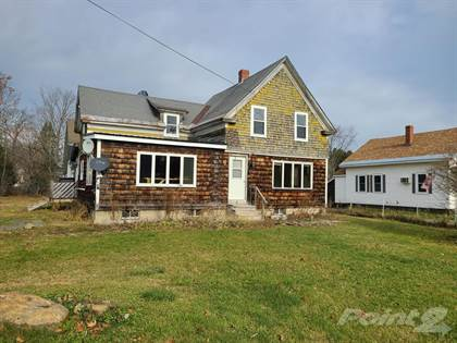 Residential Property for sale in 4 Varney Avenue, Houlton, ME, 04730