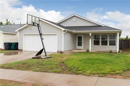 Residential for sale in 1001 Edinburg Drive, Oklahoma City, OK, 73099