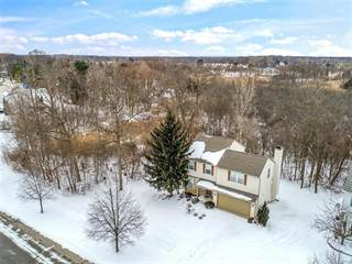 Single Family for sale in 5564 MILLPOINTE Drive, Waterford, MI, 48327