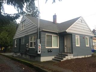 Multi-family Home for sale in 3741 SE CESAR E CHAVEZ BLVD, Portland, OR, 97202