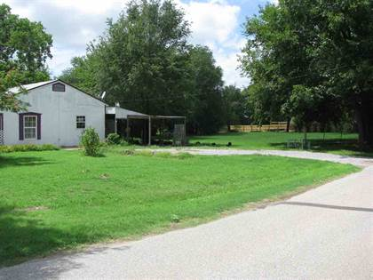 Residential for sale in 100 & 102 N Goltry, Ames, OK, 73718