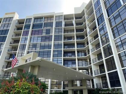 Residential Property for sale in 600 Parkview Dr 325, Hallandale Beach, FL, 33009