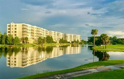 Residential Property for sale in 1200 COUNTRY CLUB DRIVE 2102, Largo, FL, 33771