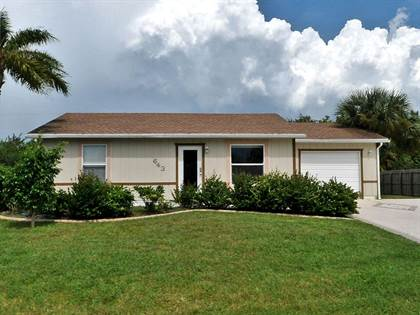 Residential Property for sale in 643 SW Granadeer Street, River Park, FL, 34983
