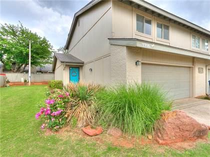 Residential for sale in 9904 Hefner Village Boulevard, Oklahoma City, OK, 73162