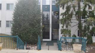 Condo for sale in 5730 RIVERBEND RD NW NW, Edmonton, Alberta, T6H4T4