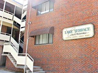 Condo for sale in 1800 Terrace Ave Apt 3a, Knoxville, TN, 37916