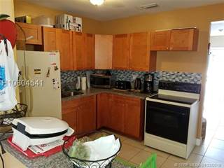 Residential Property for sale in 3200 SW 64th Ave, Miramar, FL, 33023