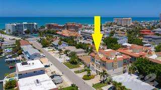 Townhouse for sale in 144 175th Terrace Drive, Redington Shores, FL, 33708