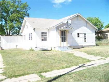 Residential Property for sale in 601 E 6th Street, Coleman, TX, 76834