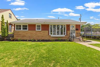 Residential Property for sale in 2570 S 61st St, Milwaukee, WI, 53219