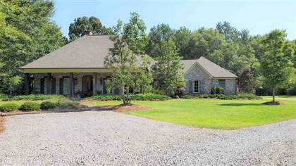 Residential Property for sale in 100 STONEBRIDGE DR, Madison, MS, 39110
