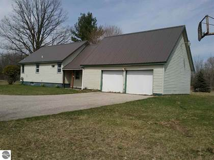 Residential for sale in 1489 S Leaton Road, Mount Pleasant, MI, 48858