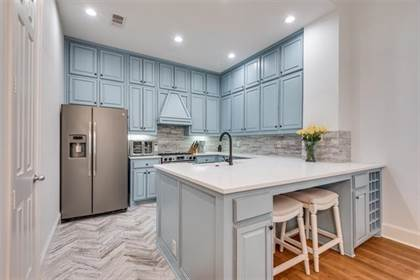 Residential Property for sale in 2323 Worthington Street, Dallas, TX, 75204