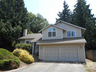 Residential for sale in 7719 NE Beachwood Ave, Indianola, WA, 98370