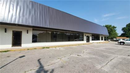 Commercial for rent in 1000 Holcomb  ST, Springdale, AR, 72764