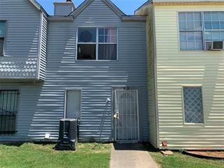 Townhouse for sale in 2150 ASPEN Drive, Dallas, TX, 75227