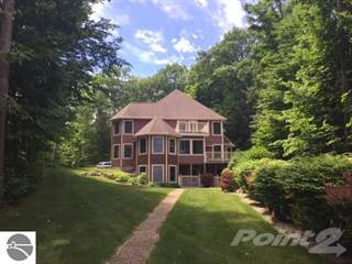 Residential for sale in 10057 E Leeward Shores Drive, Greater Greilickville, MI, 49684