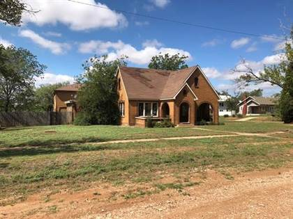 Residential Property for sale in 208 E Johnston Street, Rotan, TX, 79546