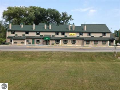 Commercial for rent in 115 N Michigan Avenue 1, Beulah, MI, 49617