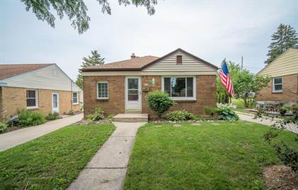 Residential Property for sale in 2730 S 52nd St, Milwaukee, WI, 53219