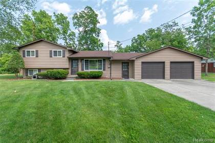 Residential Property for sale in 6576 LINDEN Road, Fenton, MI, 48430