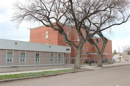 Commercial for sale in 830a Balmoral Street SE, Medicine Hat, Alberta, T1A 0W9