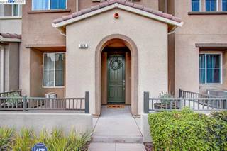Townhouse for sale in 624 Moss Way, Hayward, CA, 94541