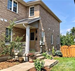 Townhouse for sale in 39 Flynn, St. Catharines, Ontario, L2S4E1
